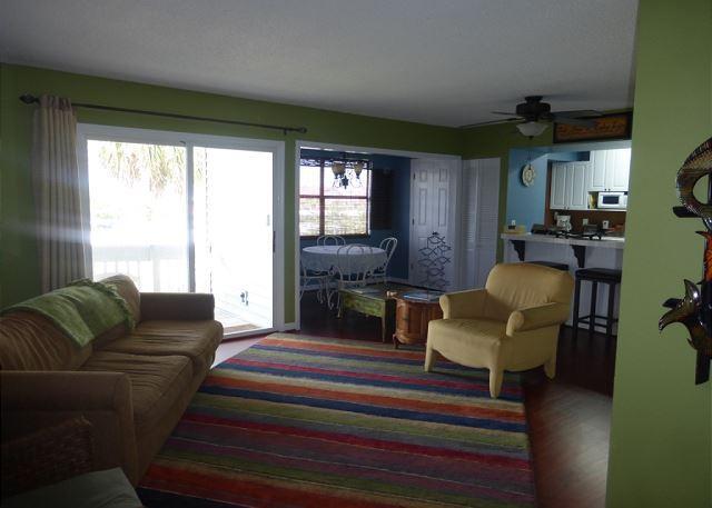 Wonderful 2 Bedroom 2 Bathroom Condo Near the Beach!! Second floor unit!!!!!! - Image 1 - Destin - rentals