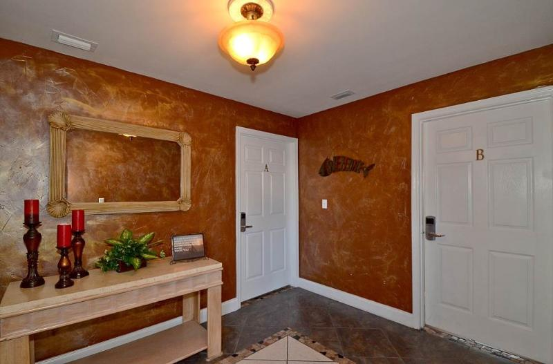 Inn at Crystal Beach #201B - Image 1 - Destin - rentals