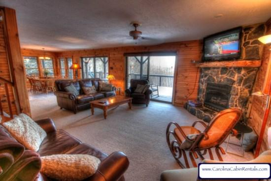 Cascade Living Room with Leather Furniture, 47 inch Flat Screen TV, Cable, Gas Stone Fireplace and Views - Cascade Property - Boone - rentals