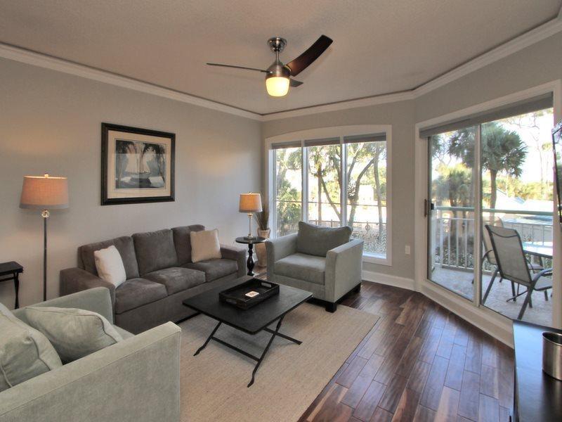 Living Room at 105 Windsor Place - 105 Windsor Place - Hilton Head - rentals