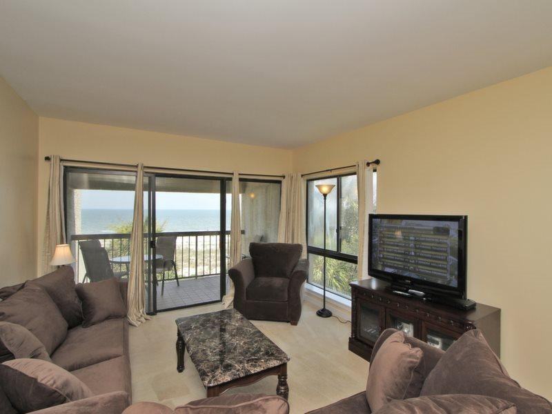 Living Room with Ocean Front Views at 474 Captains Walk - 474 Captains Walk - Palmetto Dunes - rentals