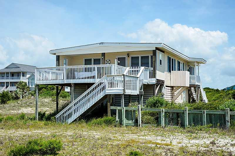 Smart Pelican 3515 East Beach Drive - Image 1 - Oak Island - rentals