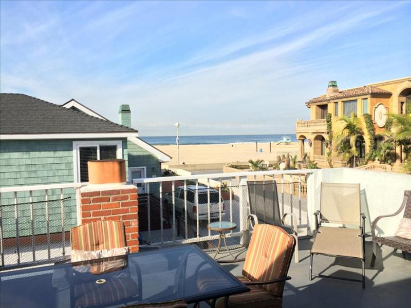 Hermosa Beach Splendor 9 - Large Home Steps to the sand! Awesome Sunset Views from its Terrace! - Image 1 - Hermosa Beach - rentals