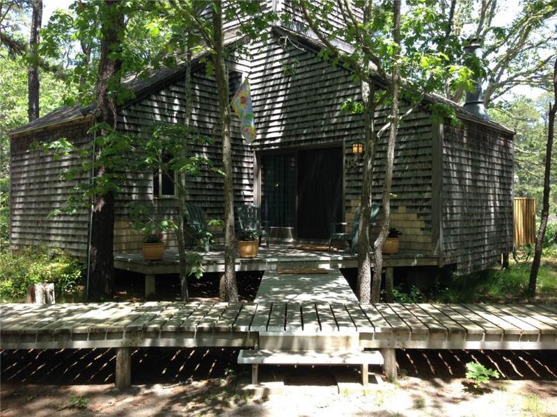 Lovely 3 Bd cottage in Deck 2 - WDAY - Image 1 - Wellfleet - rentals