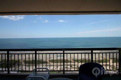 Ocean Side Condo w/Pool and Elevator Steps from the Beach - Image 1 - Ocean City - rentals
