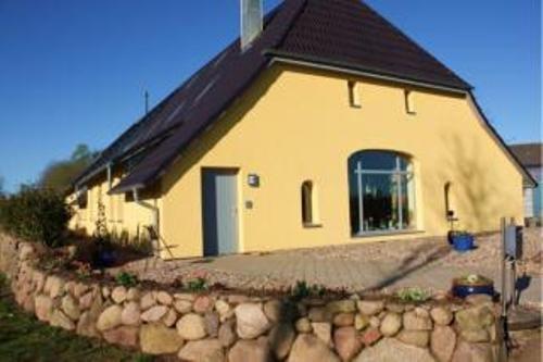 Vacation Apartment in Seedorf (Segeberg) - 178884264 sqft, friendly, quiet, comfortable (# 4149) #4149 - Vacation Apartment in Seedorf (Segeberg) - 178884264 sqft, friendly, quiet, comfortable (# 4149) - Seedorf - rentals