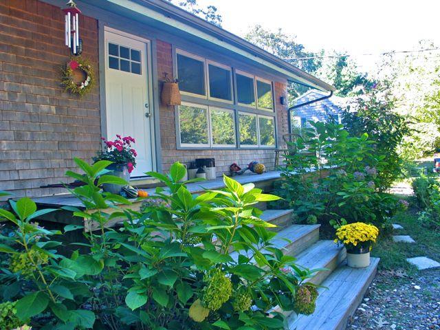 Walk To Town And Lake Tashmoo! (83) - Image 1 - Massachusetts - rentals