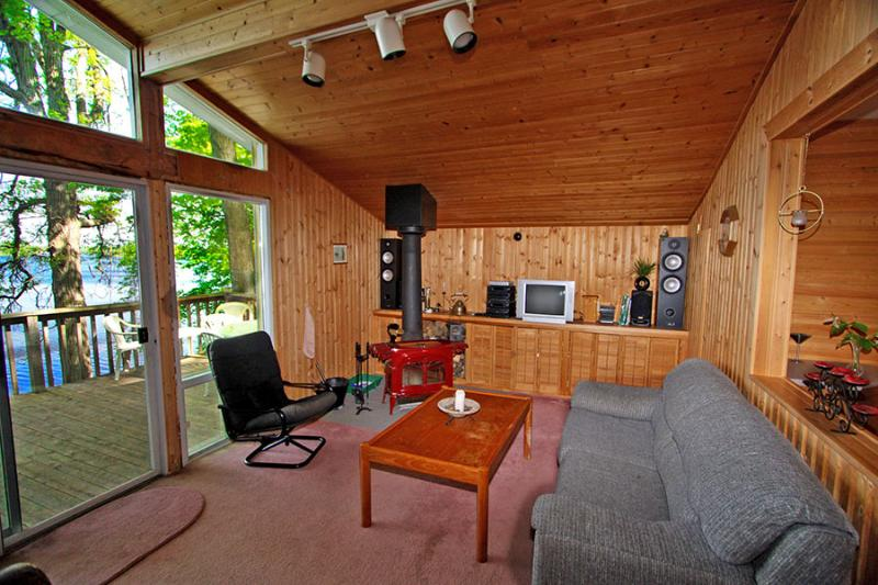 Hideaway Cove cottage (#861) - Image 1 - Marmora - rentals
