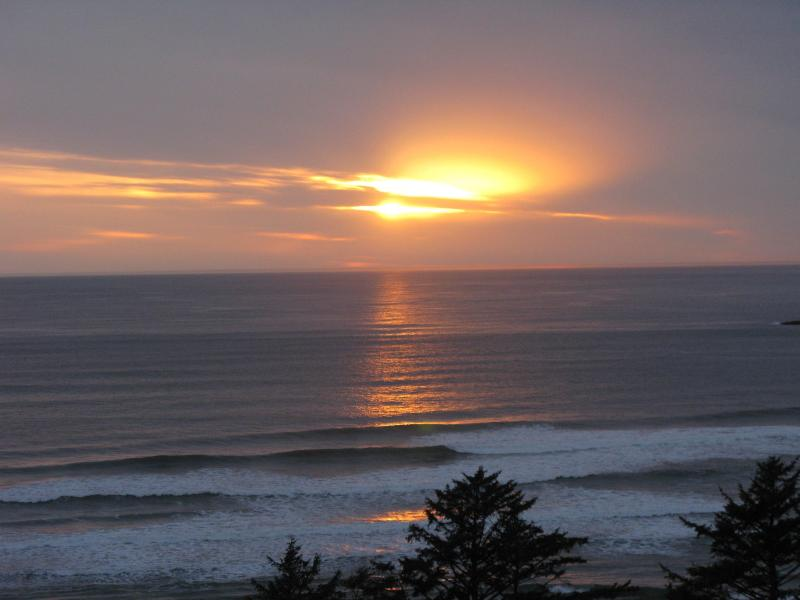 Beautiful Sunsets - La Petite Maison - Oceanside - rentals