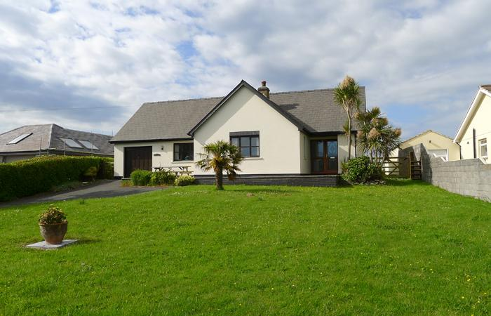 Holiday Home - Forty Winks, Freshwater East - Image 1 - Freshwater East - rentals