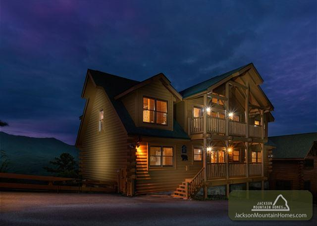 Amazing View Lodge   Stunning Mtn Views Hot Tub Game Room  Free Nights - Image 1 - Gatlinburg - rentals