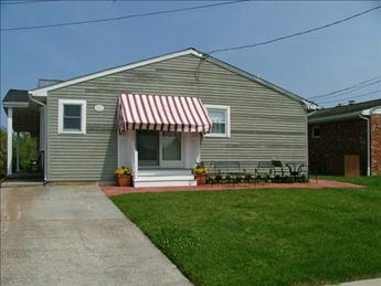 Property 67676 - STEPS TO THE BEACH 67676 - Cape May - rentals