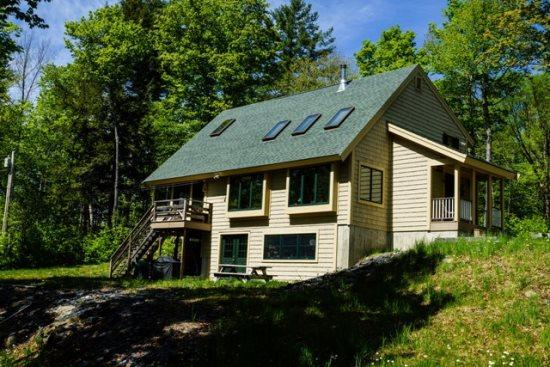 Brand new house on Lake Hebron - #139 Brand-new house where cozy cabin meets contemporary cottage - Greenville - rentals