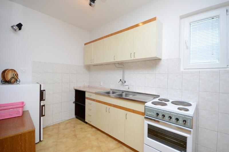 Apartments Gorana - 60351-A1 - Image 1 - Novi Vinodolski - rentals