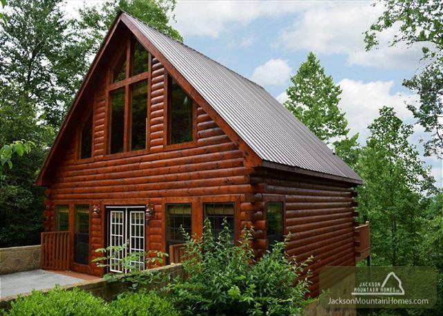 A Walk in the Clouds  Game Room  Hot Tub  Fireplace  Pets  Free Nights - Image 1 - Gatlinburg - rentals