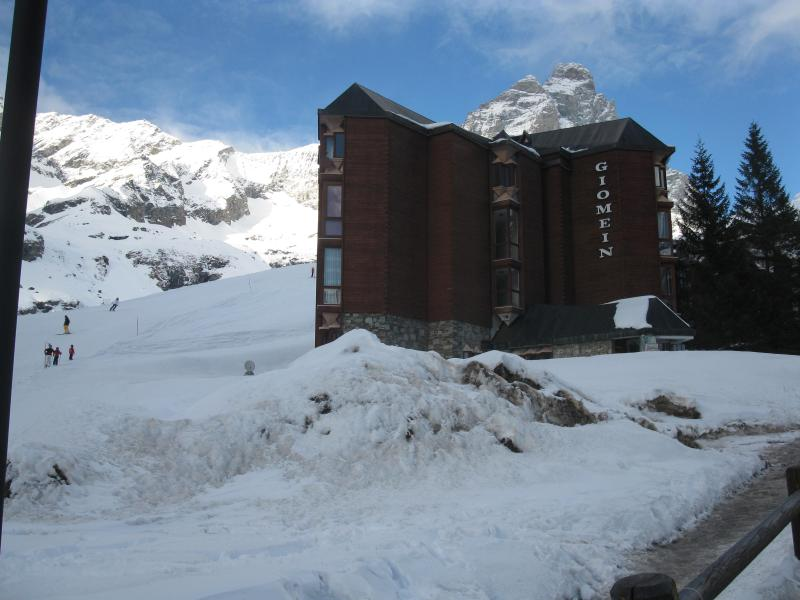 Sciare vicino a casa. Skiing near the flat - Ski in ski out, central, cozy flat wifi included - Breuil-Cervinia - rentals