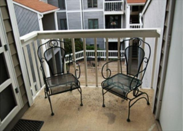Royal Oak 132 great In-Town condo location, walk to Main Street - Image 1 - Blowing Rock - rentals