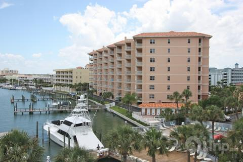 801 Harborview Grande - Image 1 - Clearwater Beach - rentals