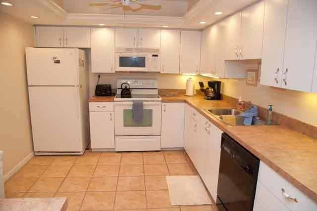 Kitchen - Gulfside Mid-Rise Unit 602E - Siesta Key - rentals