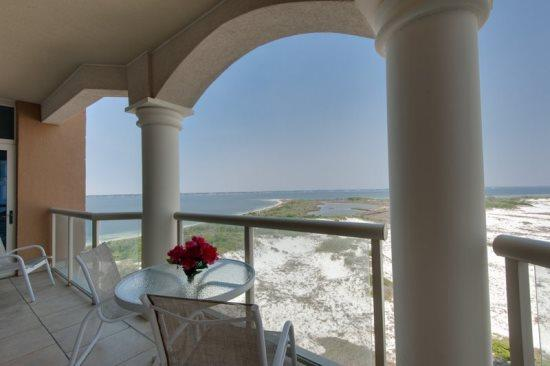 Serene *Panoramic* Views -Luxurious Portofino Cond - Image 1 - Pensacola Beach - rentals