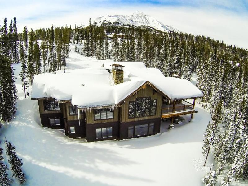 Aerial View of Peaks View Lodge - Perfect ski access, Best views anywhere, 2.5 ac of privacy - Chef's Kitchen - Big Sky - rentals