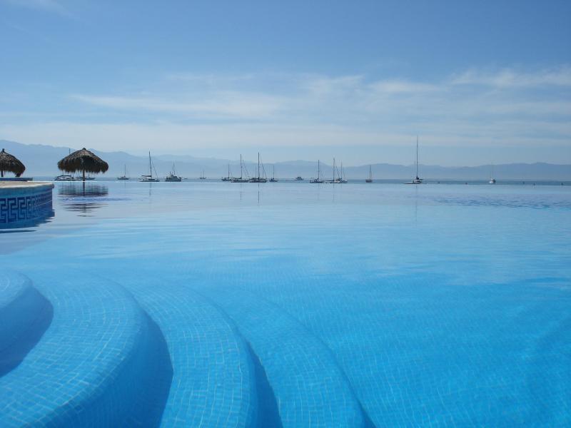 Views of Main Pool - Dream Villa La Cruz De Huanacaxtle Nayarit Mexico - La Cruz de Huanacaxtle - rentals
