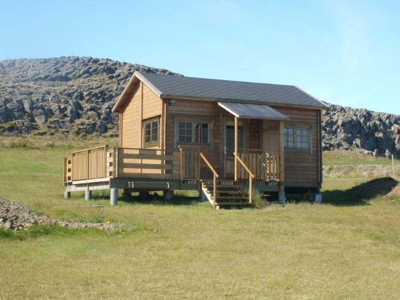 Charming Cottage/Cabin 1 - Sumarhús - Image 1 - Skagastrond - rentals