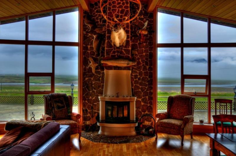 Eyjar Luxury House - Image 1 - Breidhdalsvik - rentals