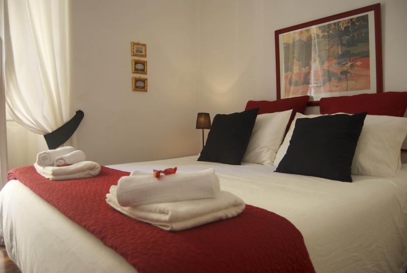 Main Bedroom - HF ST. JOHN HOLIDAY APARTMENT - Rome - rentals