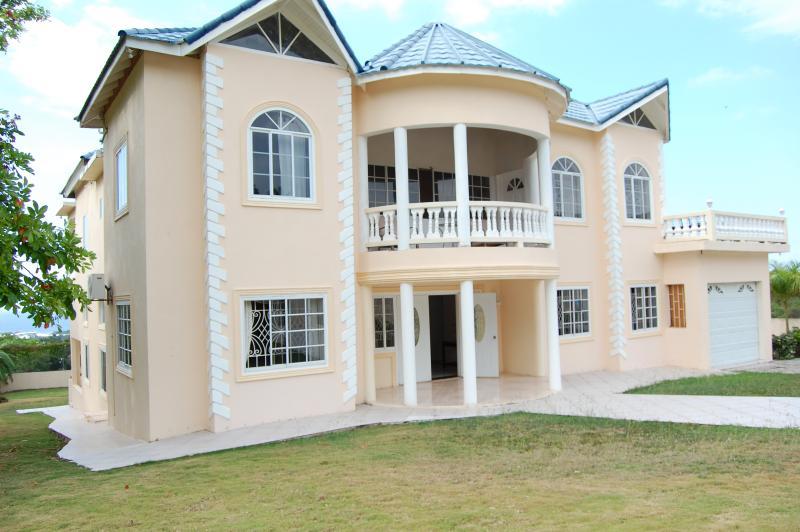 Celebrity Villa Jamaica - Image 1 - Montego Bay - rentals