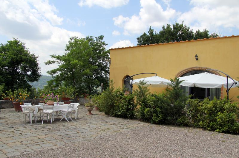 "Property and a part of the garden - ""Le Massucce"" 2 Bedrooms Farmhouse in Chianti - San Casciano in Val di Pesa - rentals"
