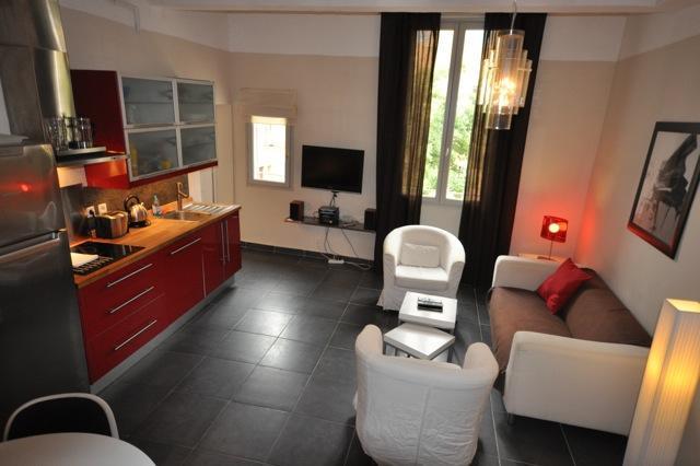 Superb Apartment Merindol, 2 bedrooms - Image 1 - Aix-en-Provence - rentals