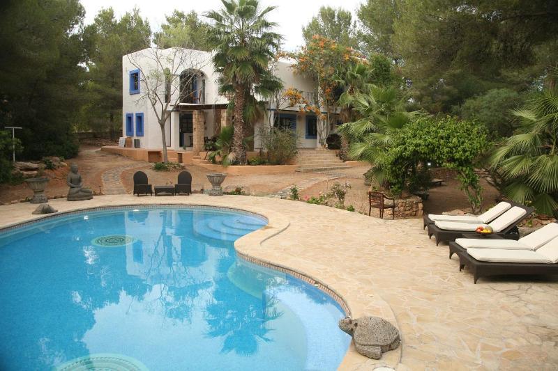 4 bedroom villa in Ibiza, near Cala Jondal - Image 1 - San Jose - rentals