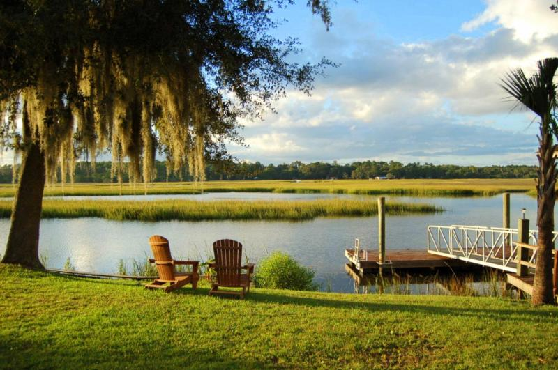 The White Chimney River is in the Backyard - River Tide Cottage - On Tidal Creek/Big Marsh View - Shellman Bluff - rentals
