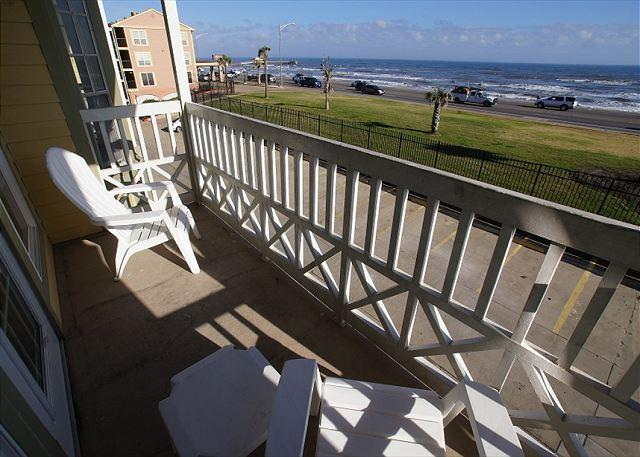 """Forever Summer-Beautiful Gulf View! - """"Forever Summer"""" Beautiful gulf view condo on the Seawall! - Galveston - rentals"""