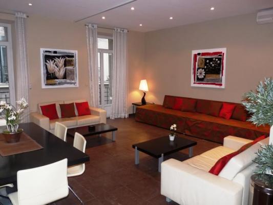 La Poste, Superb Cannes 3 Bedroom Apartment by the Palais des Festivals - Image 1 - Cannes - rentals