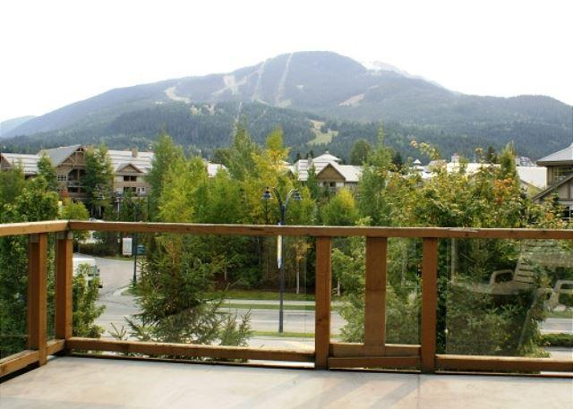 Glaciers Reach 11 - In the village on free shuttle route, includes free wifi - Image 1 - Whistler - rentals
