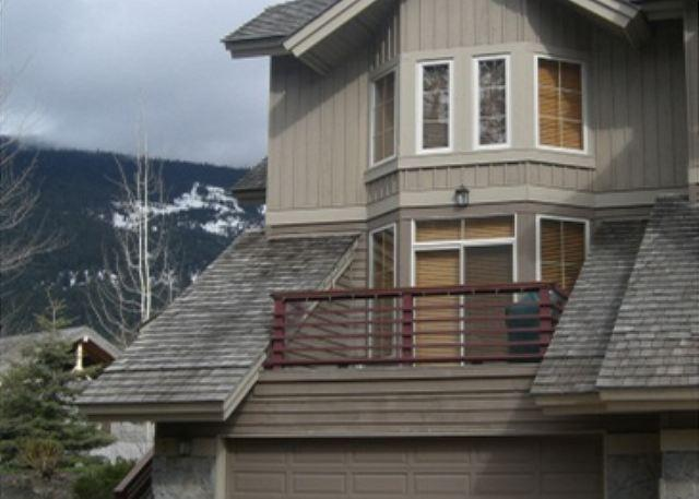 Nicklaus North 5 - Luxury property steps from golf course - Image 1 - Whistler - rentals