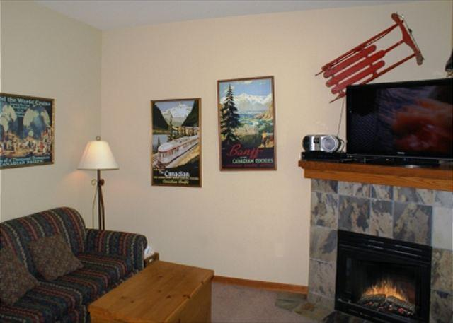 Living room - Stoney Creek Northstar 105 - Conveniently located 2 bedroom, 2 bathroom condo - Whistler - rentals
