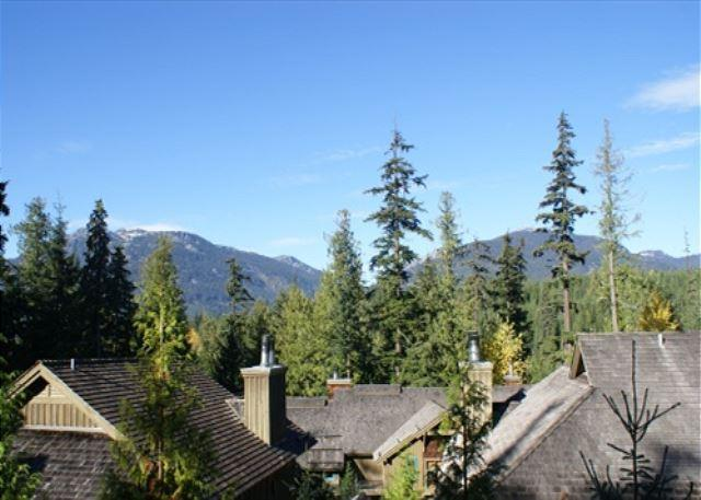 The Woods 15 - Blackcomb Benchlands condo on the golf course - Image 1 - Whistler - rentals
