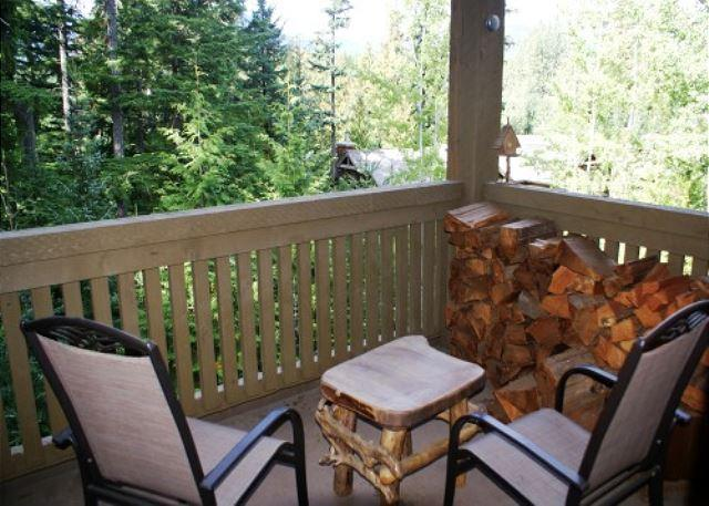 The Woods 3 - Modern 3 bedroom unit in quiet wooded location - Image 1 - Whistler - rentals