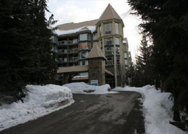 Woodrun Lodge 316 - True Ski in Ski out, pool, hot tub, free parking - Image 1 - Whistler - rentals