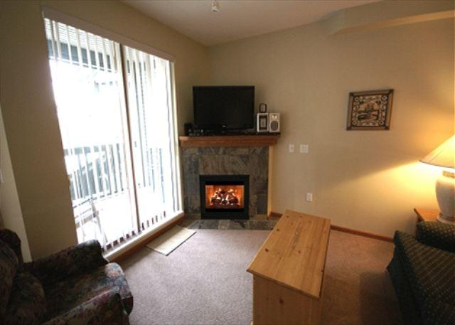 Living room - Stoney Creek Northstar 36 - 2 bedroom property in Whistler Village - Whistler - rentals