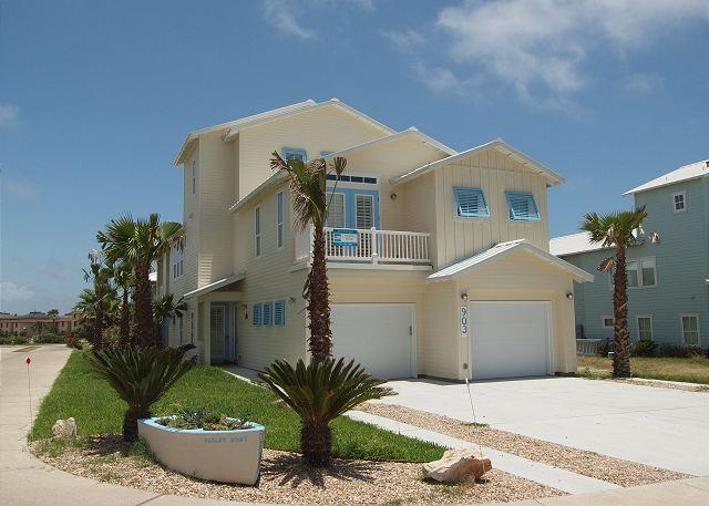 5 bed 4 1/2 bath w/ elevator, Island's shortest Boardwalk to the beach! Wi-Fi - Image 1 - Port Aransas - rentals