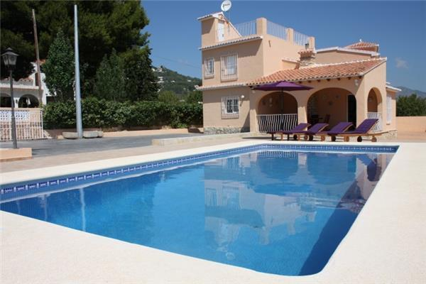 5 bedroom Villa in Calpe, Costa Blanca, Spain : ref 2210434 - Image 1 - Calpe - rentals