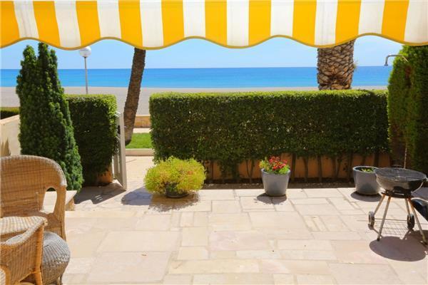 3 bedroom Villa in Tarragona, Costa Dorada, Tarragona, Spain : ref 2233102 - Image 1 - L'Hospitalet de l'Infant - rentals