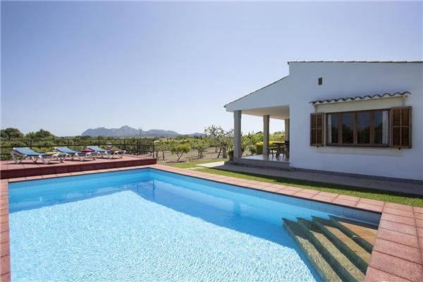4 bedroom Villa in Alcudia, Mallorca, Mallorca : ref 2233772 - Image 1 - Alcudia - rentals
