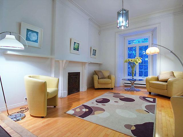 Living room area - Greystone Townhouse - great location. - Montreal - rentals