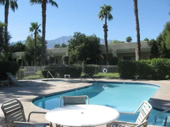 THREE BEDROOM CONDO ON LAGOS WAY - 3CMES - Image 1 - Palm Springs - rentals