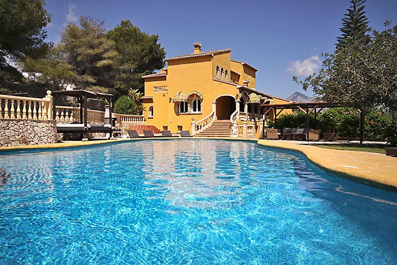 5 bedroom Villa in Javea, Alicante, Costa Blanca, Spain : ref 2127139 - Image 1 - Xabia - rentals